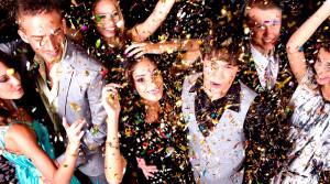 Как оказаться на новогодних праздниках за границей? 5 тематических...