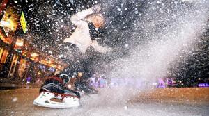 Где покататься на коньках в Москве?